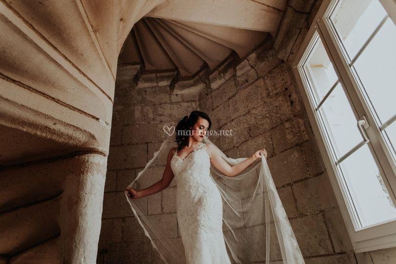 Mariée marche du château