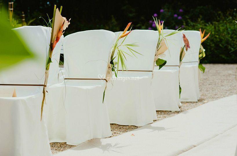 Cérémonie décoration chaises
