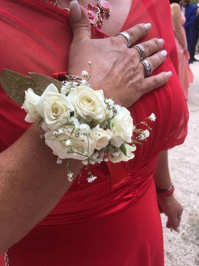 Le bracelet floral