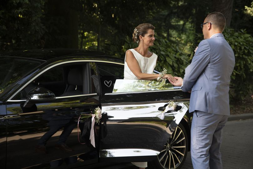 Sortie voiture mariage