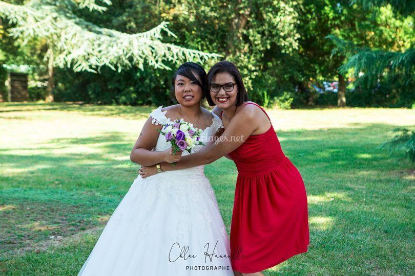La mariee et sa belle soeur