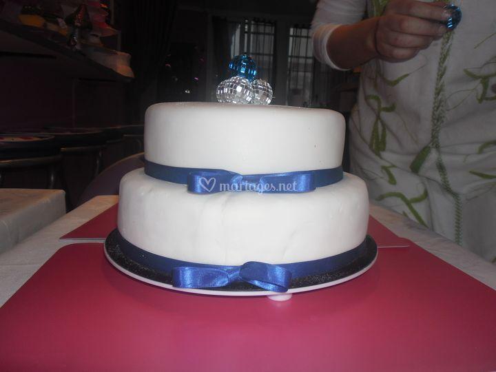 Travolta Weddingcake