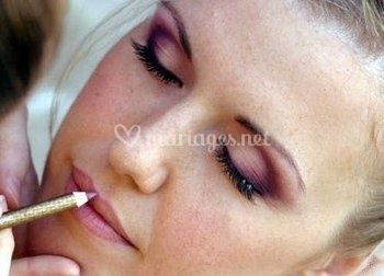 Maquillage bordeaux
