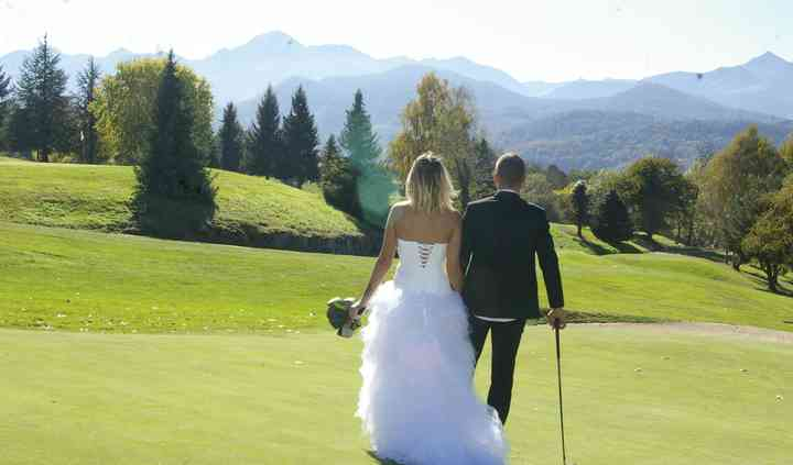 Mariés et golf