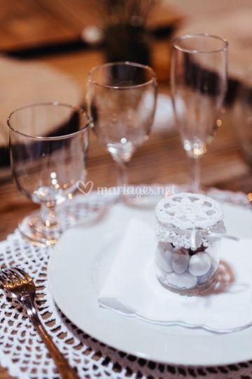 Ensemble table A. Baudet Photo