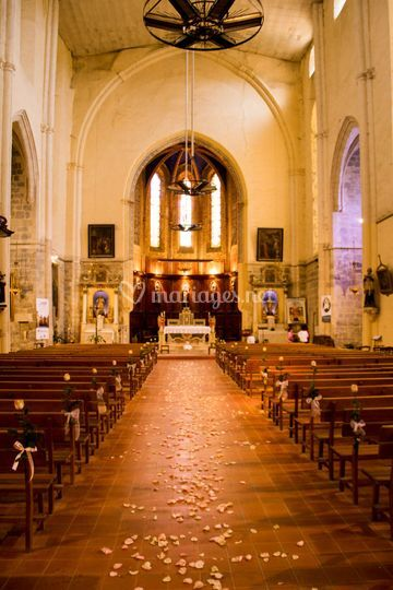Décor église thème romantique