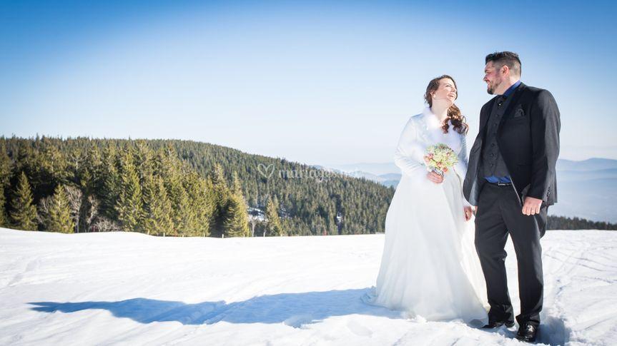 Couple dans la neige