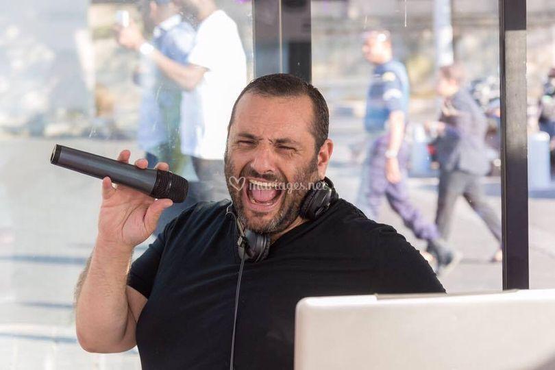 Sacha chanteur