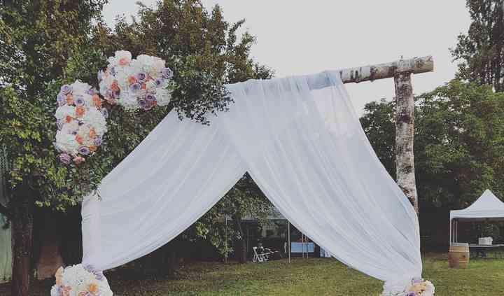 Arche florale de cérémonie