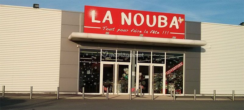 magasin la nouba reims de la nouba photos. Black Bedroom Furniture Sets. Home Design Ideas