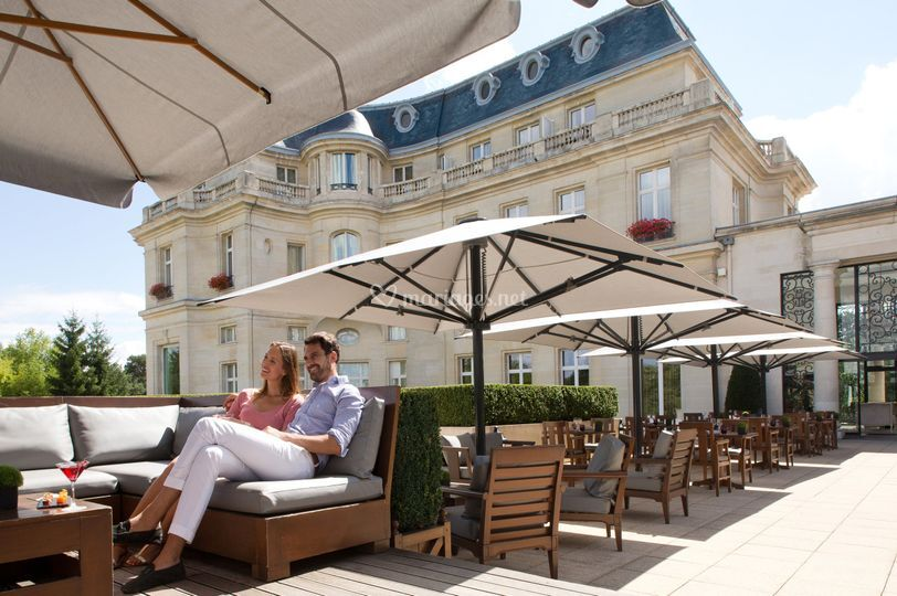 Tiara ch teau h tel mont royal chantilly for Hotel piscine chantilly
