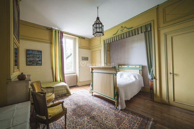 Château : chambre jaune