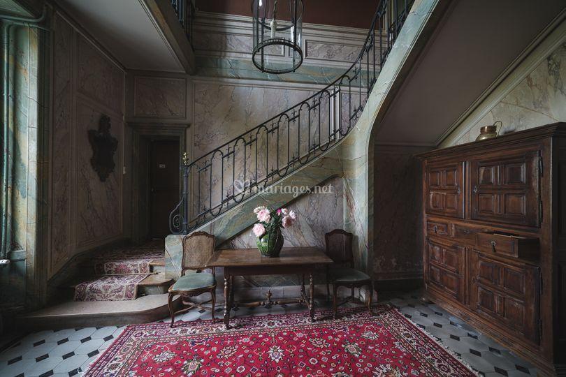 Château : vers le premier étage