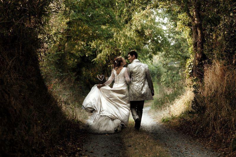Photo de couple bucolique