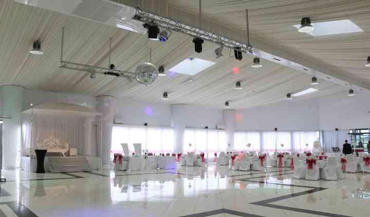 Palais 77