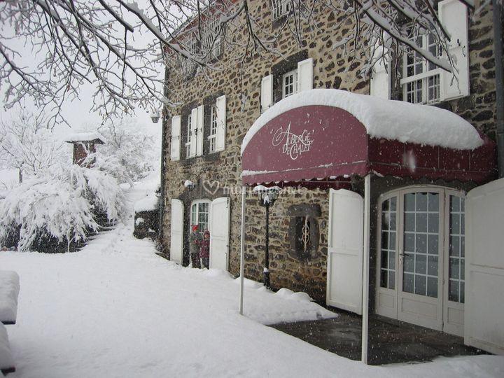 Entrée sous la neige