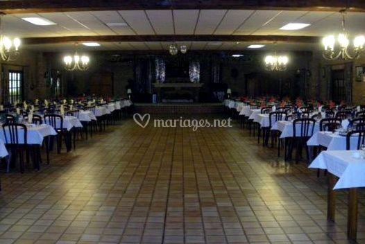 Large salle