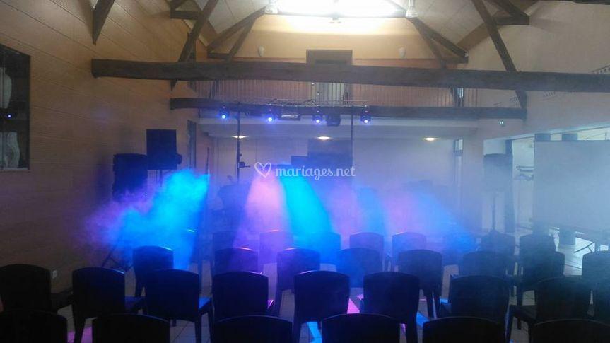 Scène conférence avant soirée