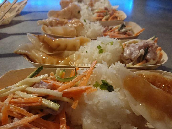 Salade tahitienne et Gyozza en