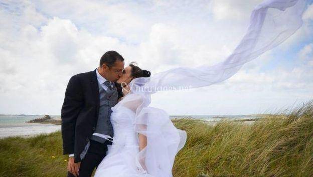 Couple dans le vent