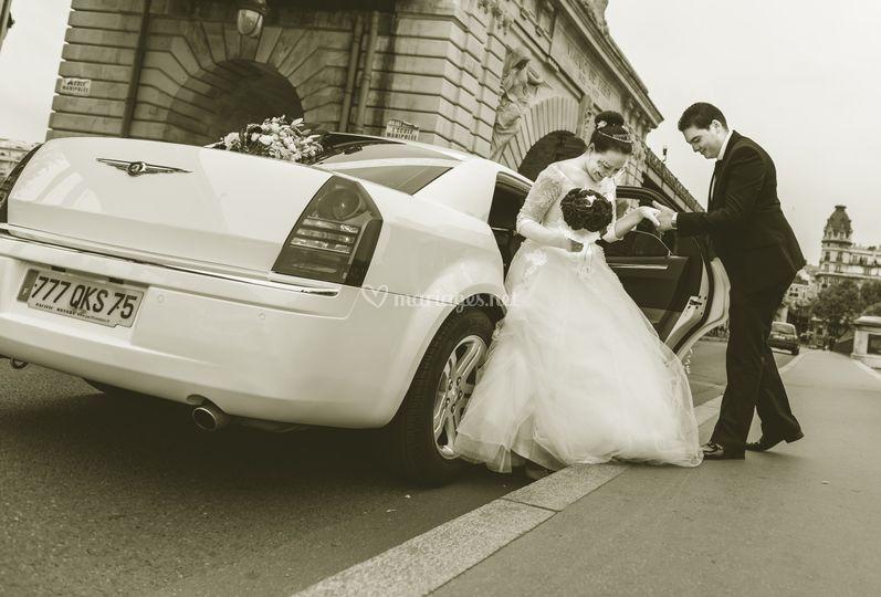 Chrysler 300C blanche