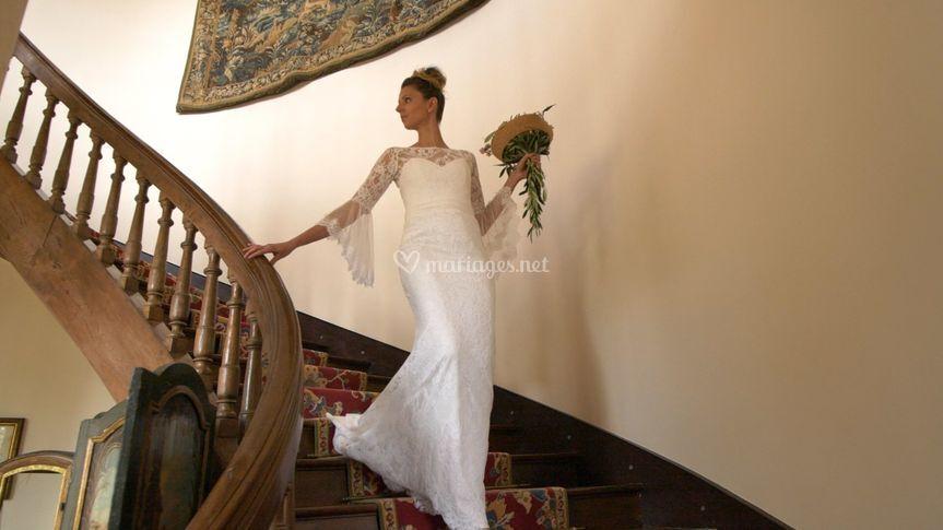 La mariée dans les escaliers