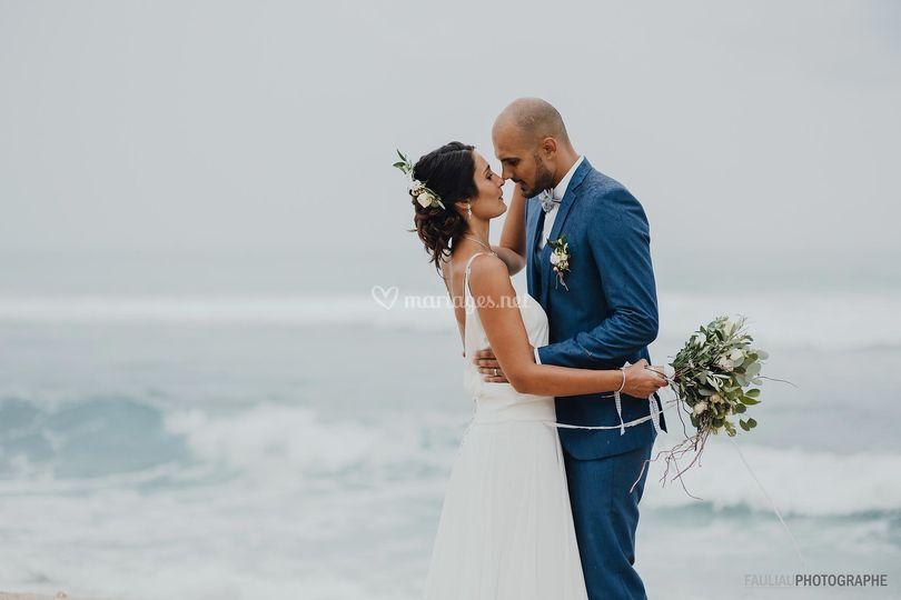 Un couple et la mer