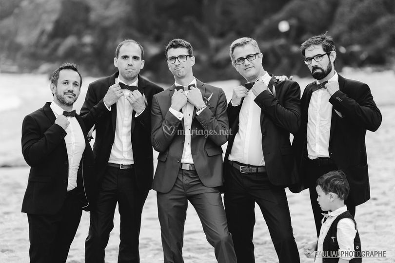 Le marié et ses amis