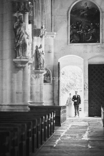 L'entrée à l'église