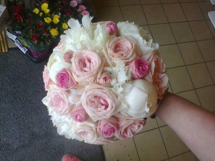 Bouquet pivoines pastel