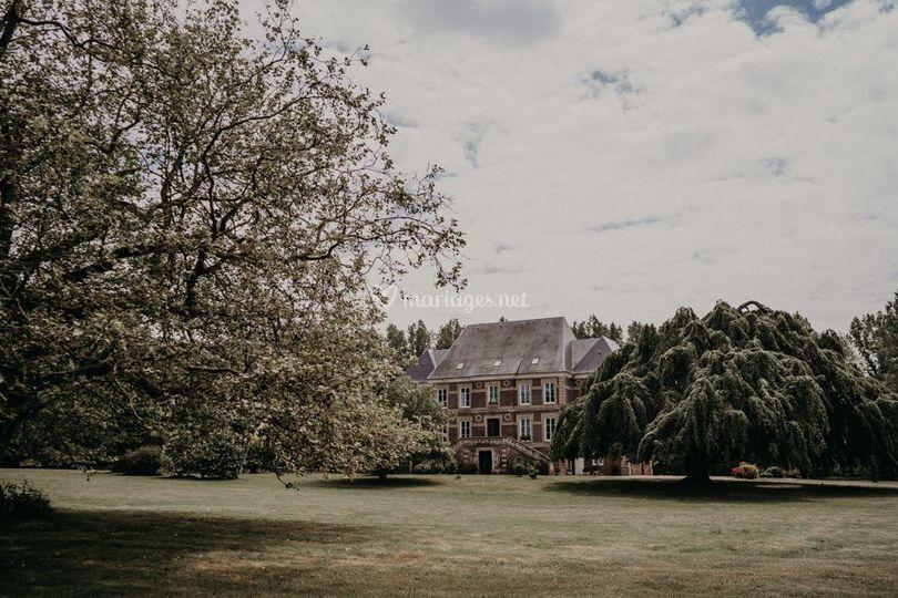 Au milieu d'arbres centenaires
