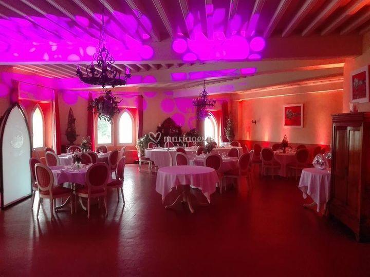 Éclairage de salle de mariage