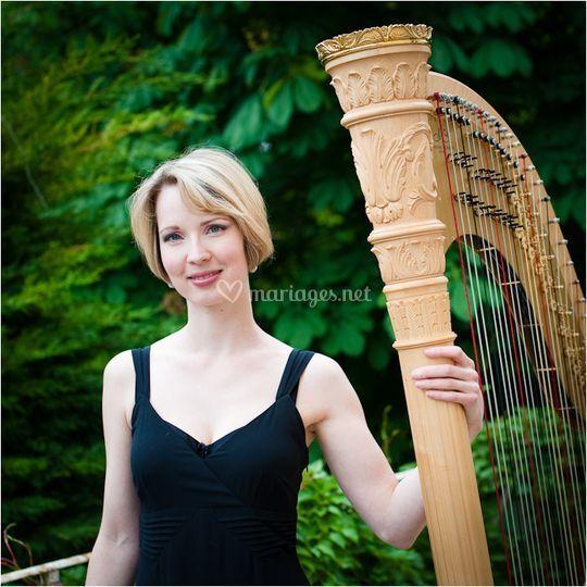 Dorothée Cornec et sa harpe