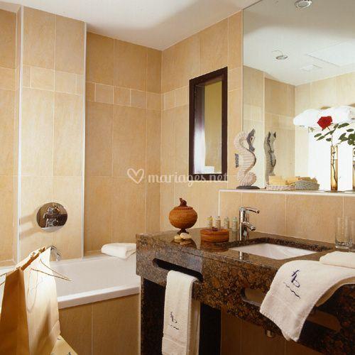 Le jules verne for Enseigne salle de bain