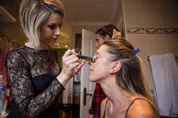 Les-ly Make Up Artist