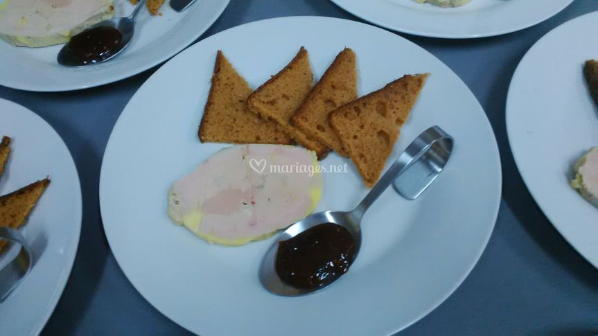 Lobe foie gras confit figues