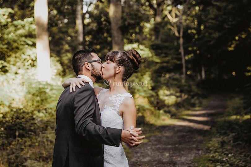 Photos de couple en forêt