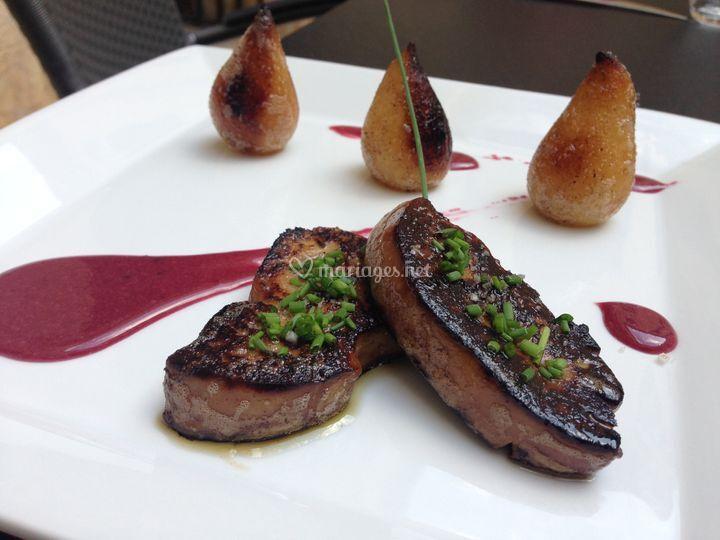 Foie gras poêlé à la poire
