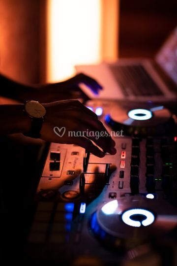 Blackstone DJ