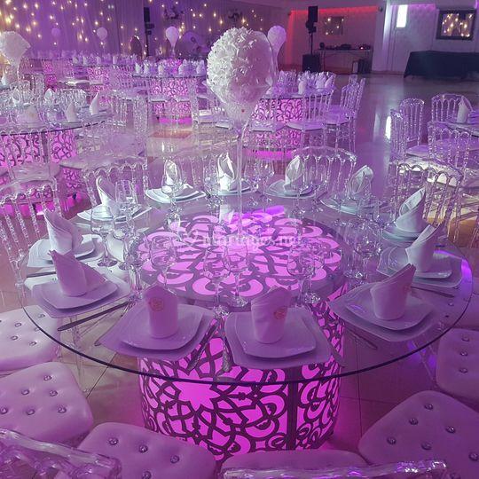 Table Royal Plaza