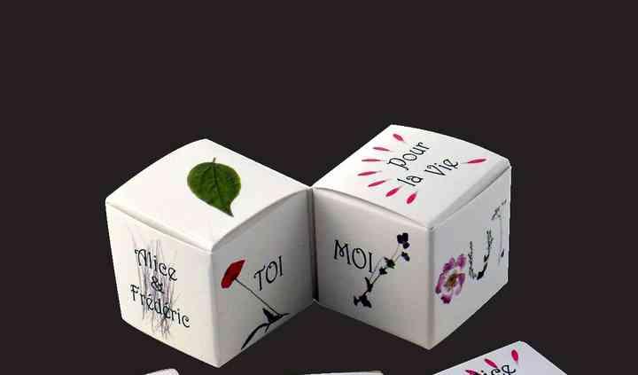 Ex double cubes Thème Fleurs