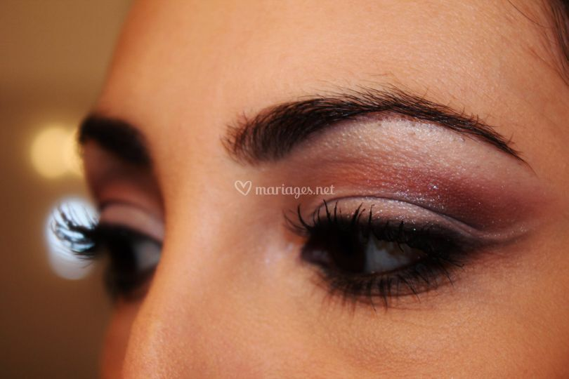 Maquillage cut crease