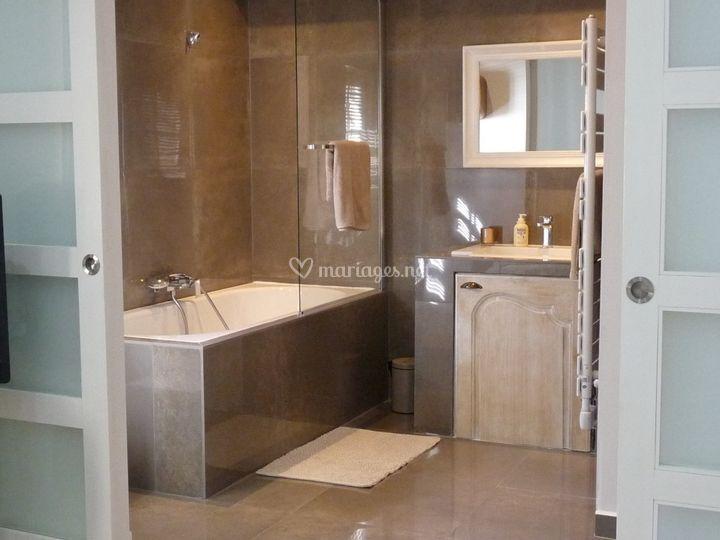 Salle de bain chambre zen de villa les roses photo 37 for Chambre de bain zen