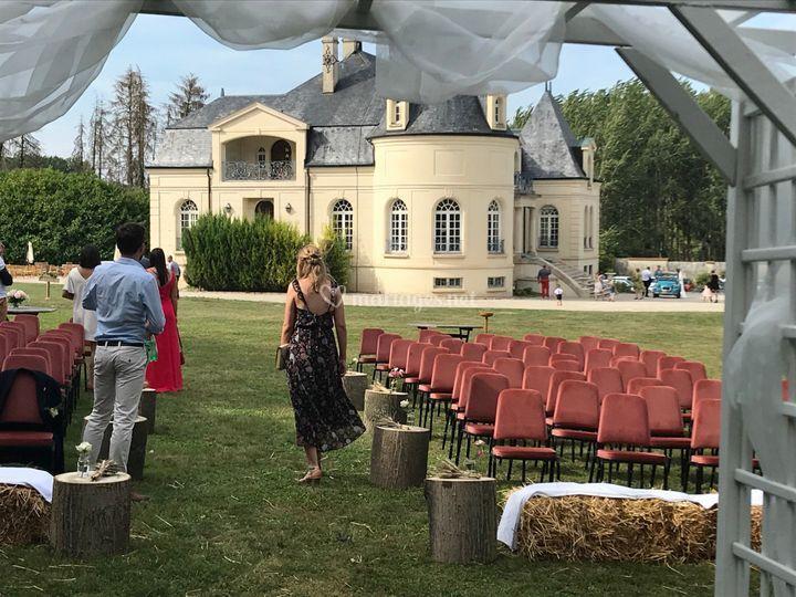 Chateau de Nizy le Comte (02)