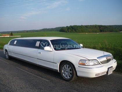 4 as limousine. Black Bedroom Furniture Sets. Home Design Ideas