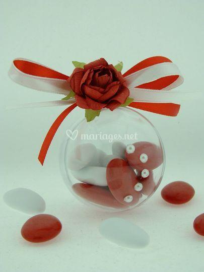 Boule rose rouge