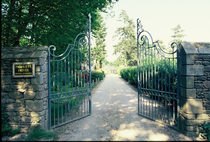 Entrée du Château de Miniac