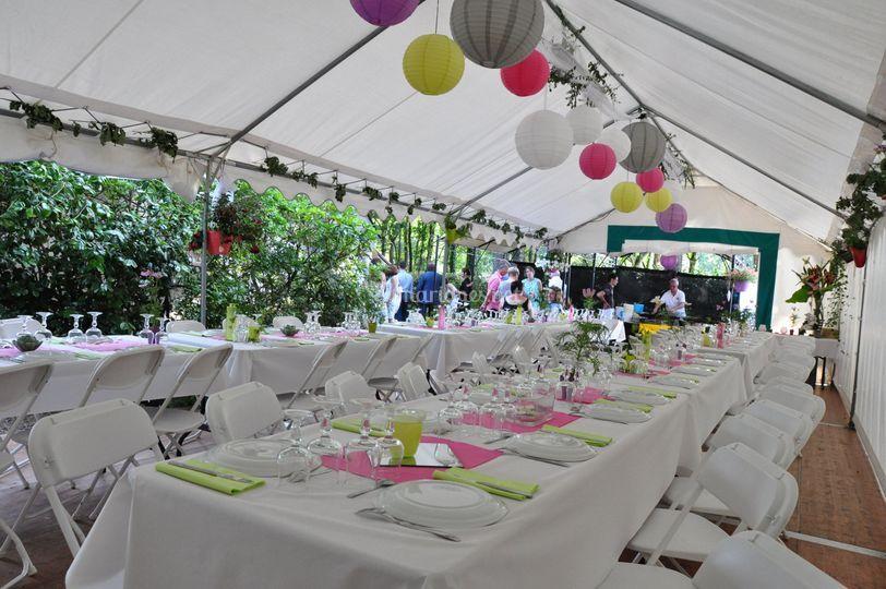 Tente festive 60 m² + plancher