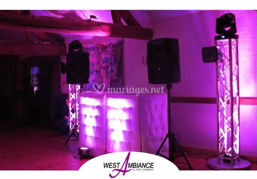 West Ambiance
