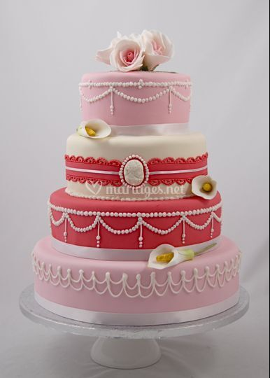 Wedding cake rose chic
